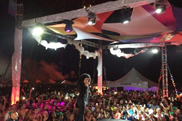 Jordin Sparks Performing