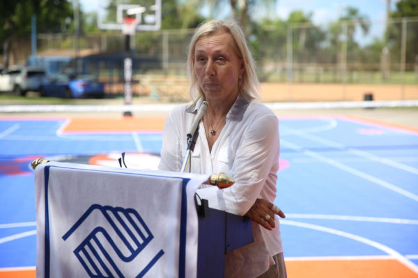 Martina Navratilova Speaking1