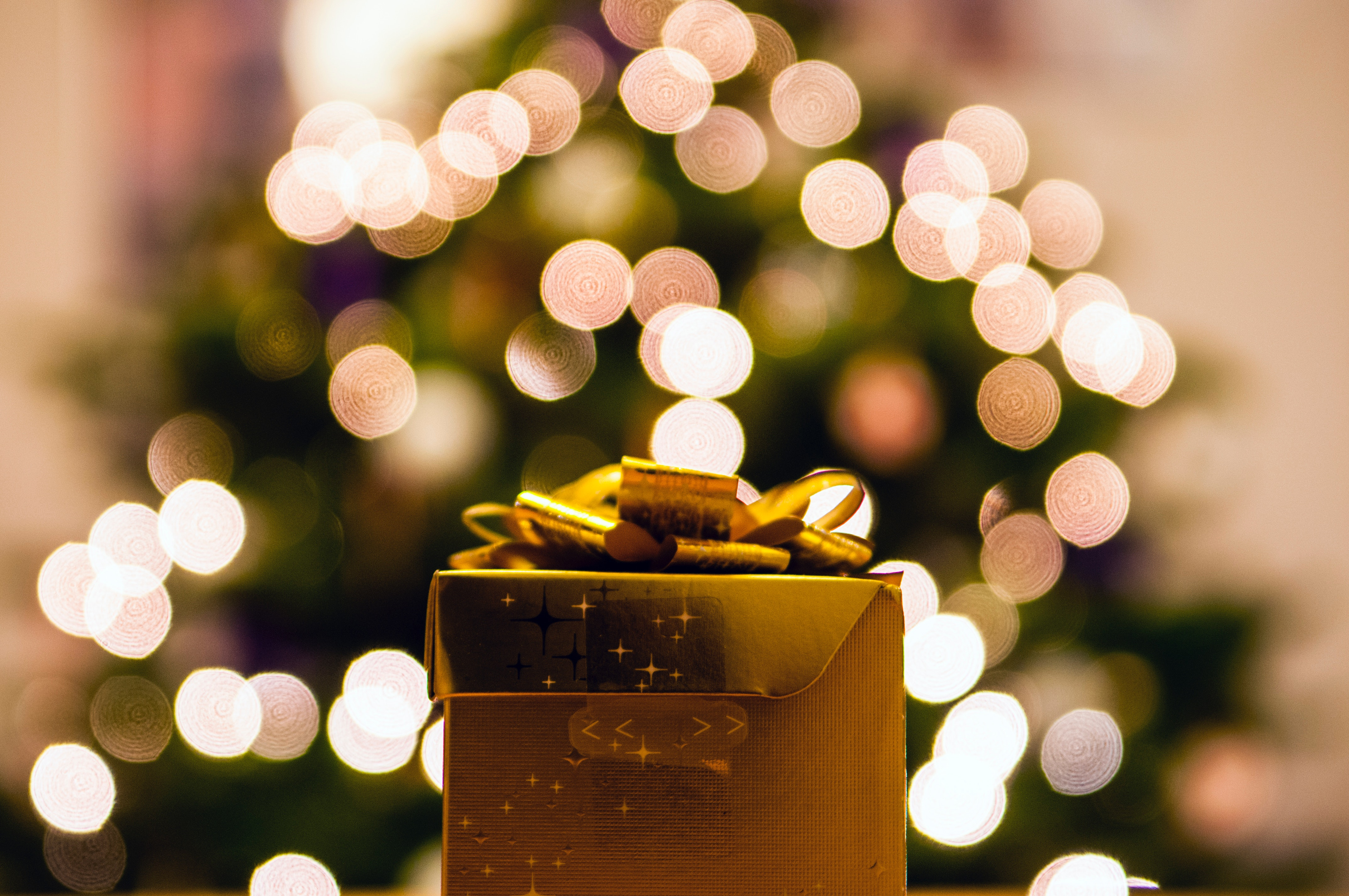 The Publicist\'s Ultimate Holiday Gift Guide - Durée & Company